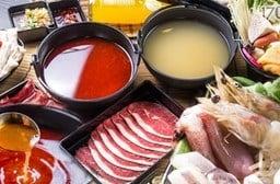 只要119元起即可享有【一合金鍋物】原價最高667元風味鍋物:(A)單人經濟套餐/(B)雙人海陸套餐。
