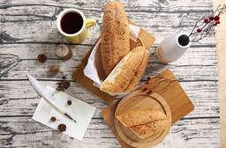 【麵包劇場】頂級嚴選法國麵包,法國老麵和高水分的法國麵糰,捏揉出帶有道地小麥香氣,內Q外脆有韌性的法國麵包,抹上明太子醬、雙倍蒜香醬,濃郁的滋味一次吃3條都不膩! 每條只要79元起,即可享有《預購》【麵包劇場】頂級嚴選法國麵包〈4條/12條/36條,口味可選:日本明太子/雙倍蒜香〉