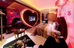 台中七期-沙夏精品汽車旅館 5.8折 休息3H精緻時尚雙人房平假日可用